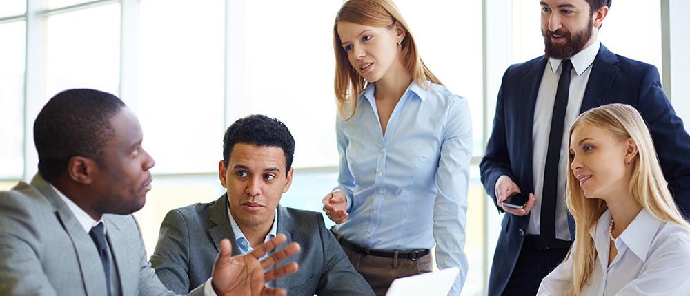 How Loan Management Companies Limit Risk